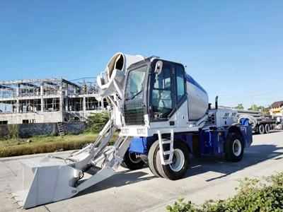 2.6 cbm self loading concrete mixer