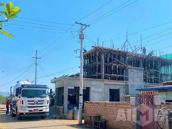 Aimix AJ35 Concrete Batching Plant And Concrete Pump in Myanmar